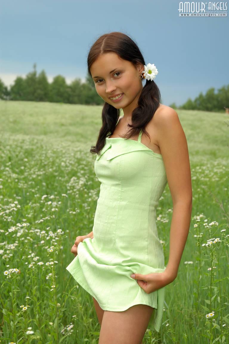 Laura Norton Big Tits Britsh Celeb Emmerdale Milf